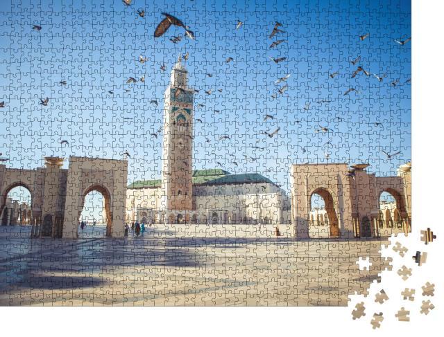 """Puzzle 1000 Teile """"Tauben über der Moschee Hassan II in Casablanca, Marokko"""""""