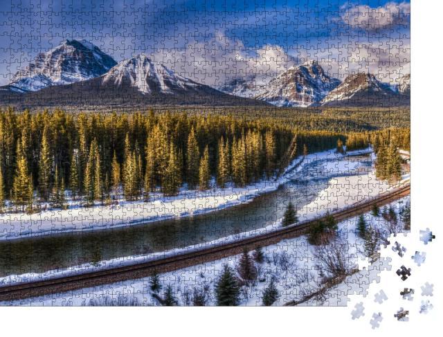 """Puzzle 1000 Teile """"Morant´s Curve: Winterbild aus dem Banff Nationalpark, Alberta, Kanada"""""""