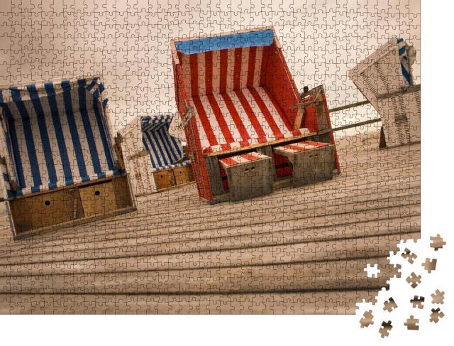 """Puzzle 1000 Teile """"Strandkörbe auf einem Podest aus Holz, am Strand von Sankt Peter Ording, Nordsee"""""""
