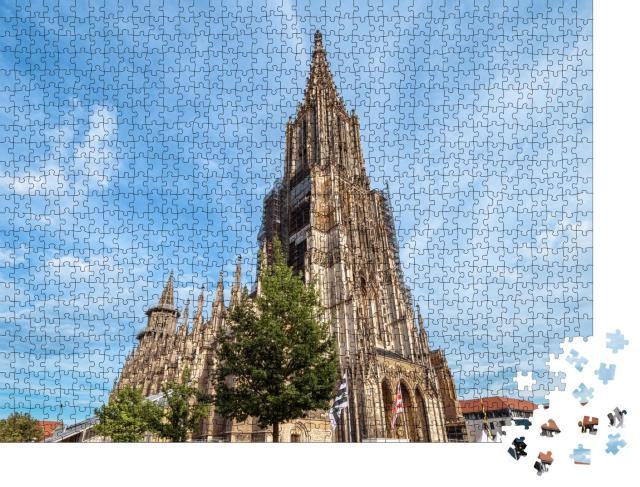 """Puzzle 1000 Teile """"Ulmer Münster, Deutschland, mittelalterliche Touristenattraktion, blauer Himmel"""""""