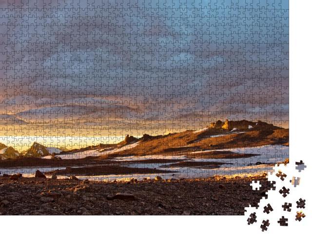 """Puzzle 1000 Teile """"Landschaft beim Aufstieg auf den Gipfel des Aconcagua in Argentinien."""""""