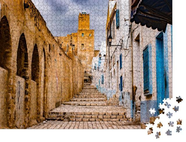 """Puzzle 1000 Teile """"Straße durch Medina, Tunesien"""""""