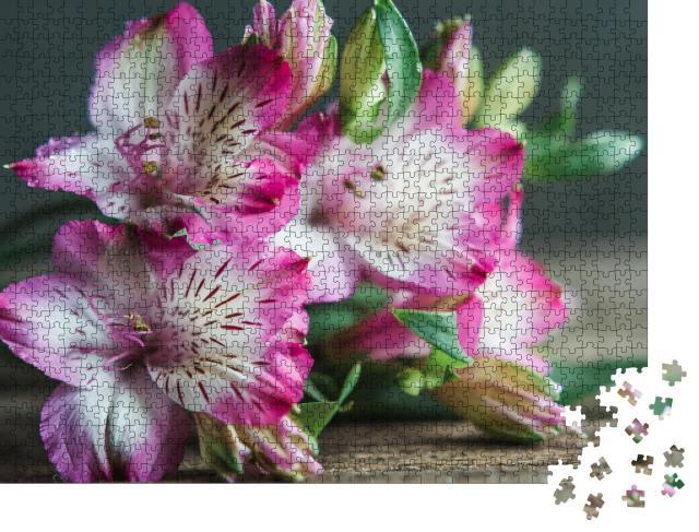 """Puzzle 1000 Teile """"Zartrosa Blumenstrauß"""""""