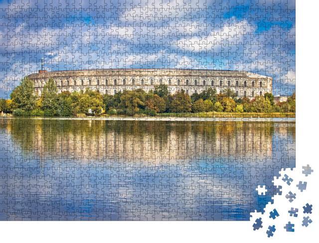 """Puzzle 1000 Teile """"Reichskongresshalle auf dem Reichsparteitagsgelände, Nürnberg, Deutschland"""""""