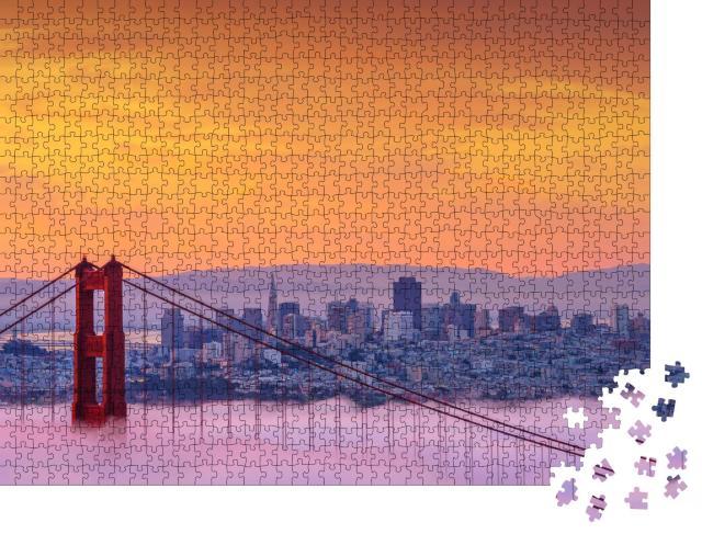 "Puzzle 1000 Teile ""Nebliger Morgen an der Golden Gate Bridge"""