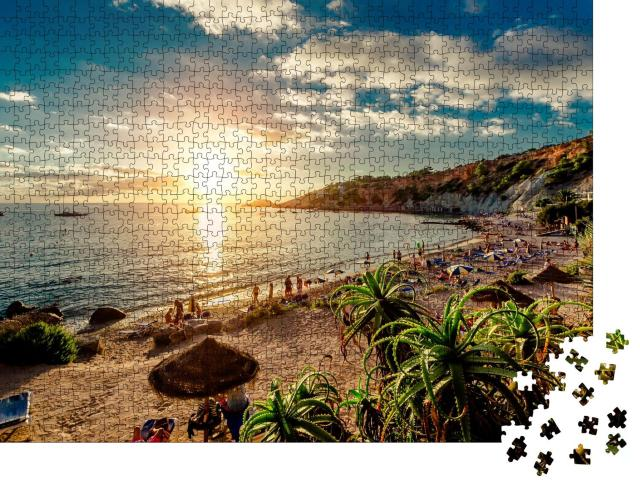 "Puzzle 1000 Teile ""Ein Strand bei Sonnenuntergang, Ibiza"""