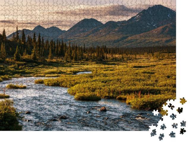 """Puzzle 1000 Teile """"Abendlicher See in der Tundra, Alaska"""""""