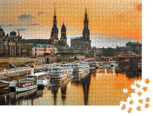"""Puzzle 1000 Teile """"Dresdner an der Elbe im Sonnenuntergang, Deutschland"""""""