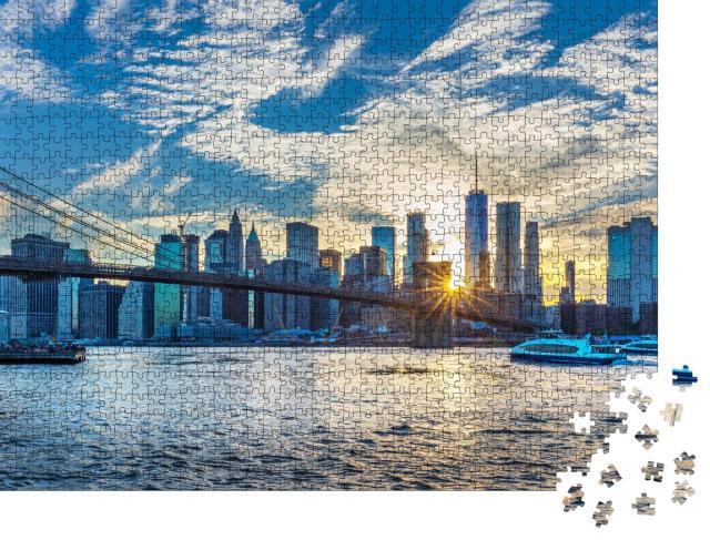 """Puzzle 1000 Teile """"Blick auf die Manhattan Skyline vom Brooklyn Bridge Park"""""""