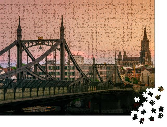 """Puzzle 1000 Teile """"Die Brücke Neutor und Ulmer Münster im Sonnenuntergang"""""""