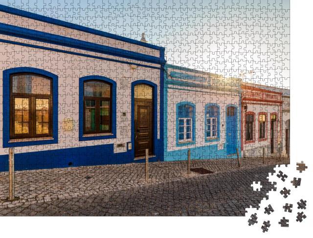 """Puzzle 1000 Teile """"Straße in der Altstadt von Lagos, Portugal"""""""