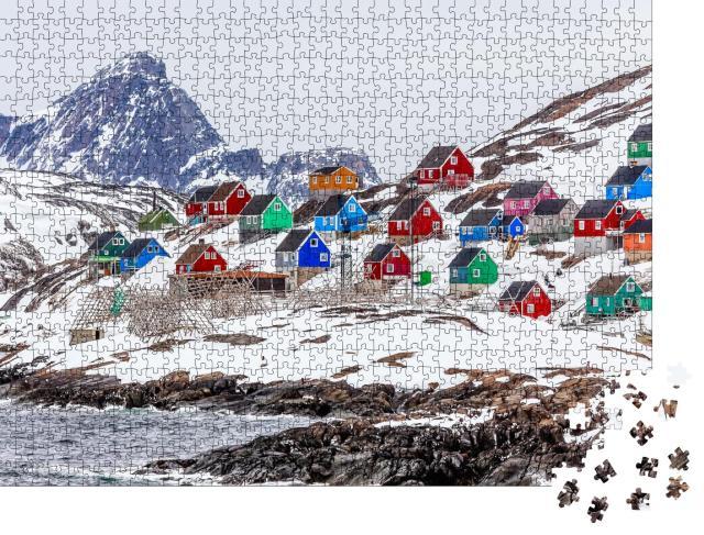 """Puzzle 1000 Teile """"Dorf Kangamiut, Grönland Mitte 2015"""""""