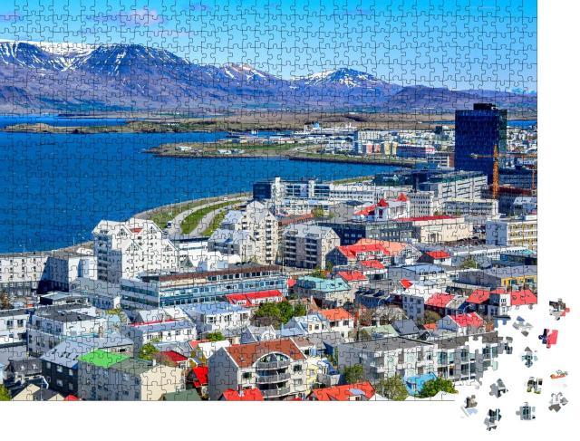 """Puzzle 1000 Teile """"Reykjavik, die Hauptstadt von Island, mit Blick auf den Hafen und den Berg Esja"""""""