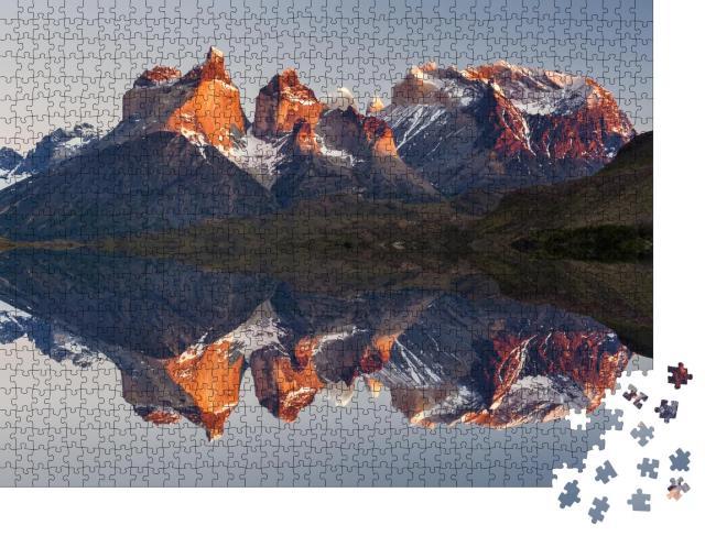 "Puzzle 1000 Teile ""Majestätische Berglandschaft, National Park Torres del Paine, Chile"""