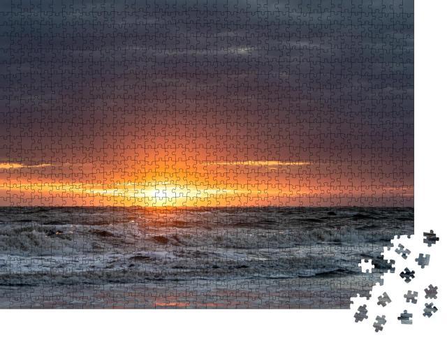 """Puzzle 1000 Teile """"Sonnenuntergang am Strand von Norderney"""""""
