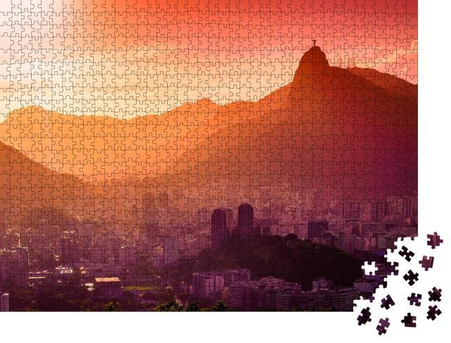 """Puzzle 1000 Teile """"Christusstatue über Rio de Janeiro im glühenden Sonnenuntergang"""""""