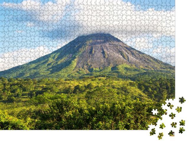 """Puzzle 1000 Teile """"Beeindruckener Arenal-Vulkan in Costa Rica"""""""