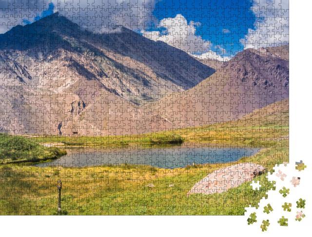 """Puzzle 1000 Teile """"Wanderweg im Aconcagua Provincial Park in Mendoza, Argentinien"""""""