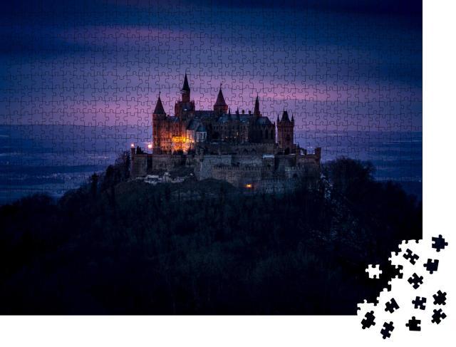"""Puzzle 1000 Teile """"Nachtansicht der Burg Hohenzollern auf der Schwäbischen Alb, Deutschland"""""""