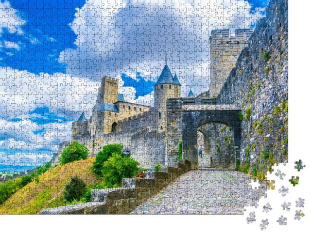 """Puzzle 1000 Teile """"Festung von Carcassonne in Frankreich, blauer Himmel mit Wolken"""""""