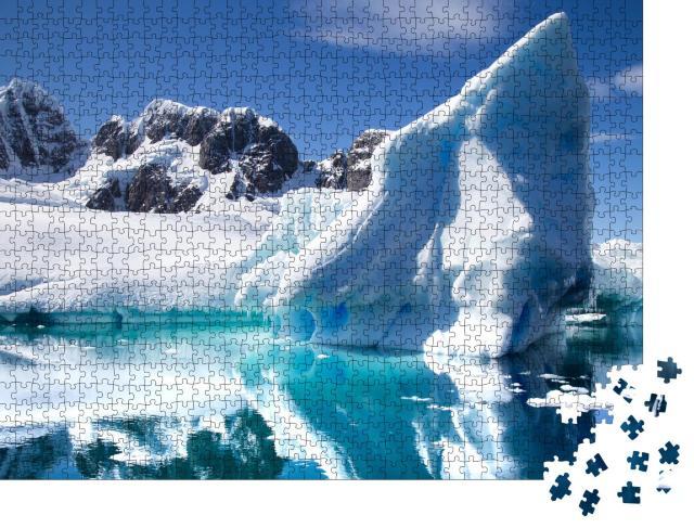 """Puzzle 1000 Teile """"Antarktische Landschaft mit Eisbergen im Vordergrund"""""""