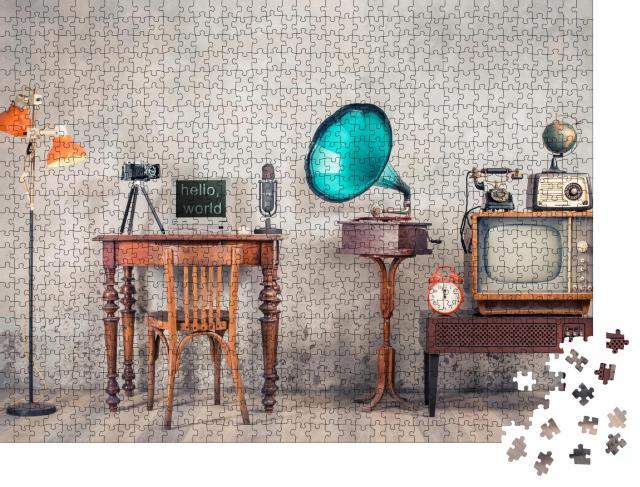 """Puzzle 1000 Teile """"Retro-Equipment: Technik, Musik und Medien"""""""