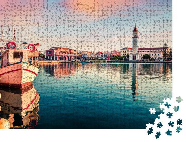 """Puzzle 1000 Teile """"Romantischer Sonnenuntergang in Zakynthos Stadt, Griechenland"""""""