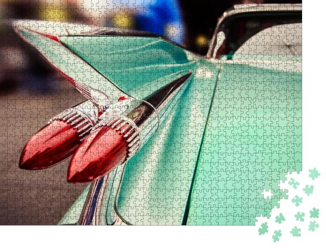 """Puzzle 1000 Teile """"Heckbeleuchtung eines Luxus-Retro-Auto in Las Vegas"""""""