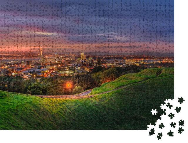 """Puzzle 1000 Teile """"Mount Eden und Auckland, Neuseeland"""""""