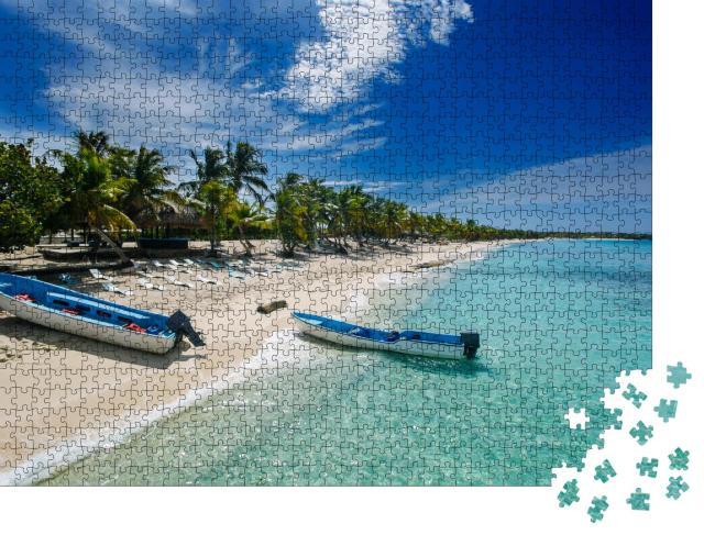 """Puzzle 1000 Teile """"Fischerboote am Strand von Catalina, Dominikanische Republik"""""""