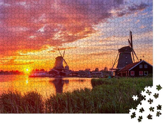 """Puzzle 1000 Teile """"Ländliche Szene in den Niederlanden: Windmühlen am Touristenort Zaanse Schans"""""""