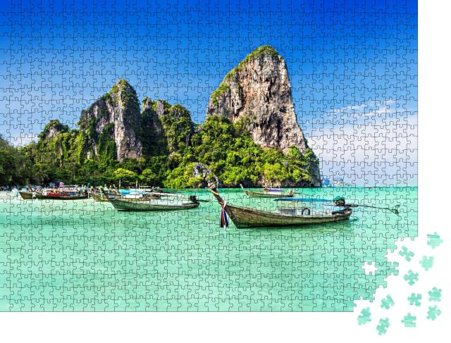 """Puzzle 1000 Teile """"Longtale Boote am Strand in Thailand"""""""