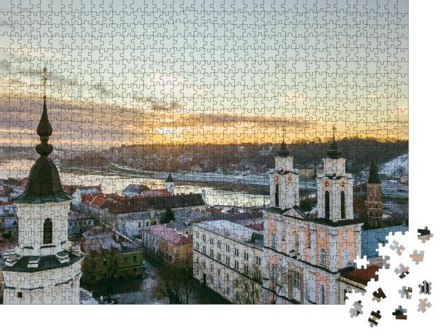 """Puzzle 1000 Teile """"Früher Wintermorgen: Altstadt von Kaunas, Litauen"""""""