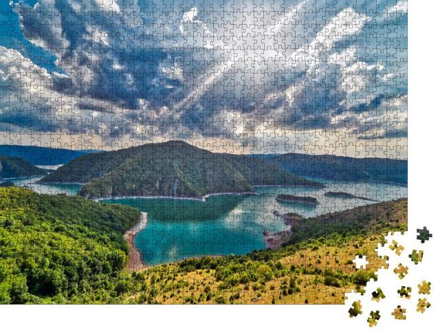 """Puzzle 1000 Teile """"Aussichtspunkt auf den See Uvac, Zlatar, Serbien"""""""
