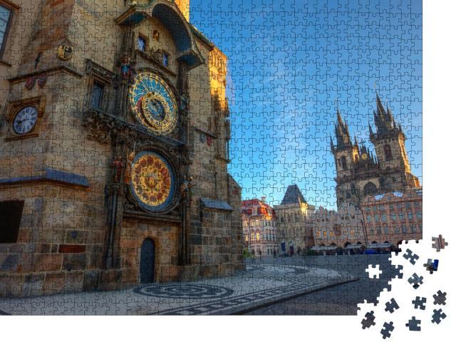 """Puzzle 1000 Teile """" Prager Altstädter Ring, Sonnenaufgang am Astronomischen Uhrenturm"""""""