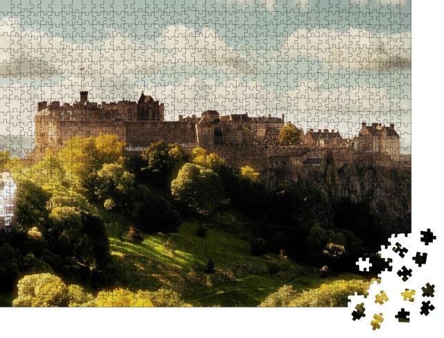 """Puzzle 1000 Teile """"Majestätisches Edinburgh Castle, Schottland"""""""