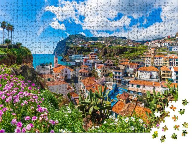 """Puzzle 1000 Teile """"Stadtbild-Panorama von Camara de Lobos, Madeira, Portugal"""""""