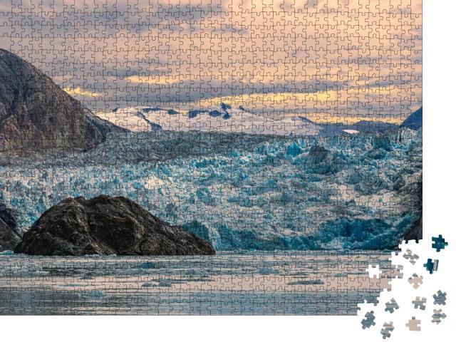 "Puzzle 1000 Teile ""Sonnenuntergang am Sawyer Gletscher, Alaska"""