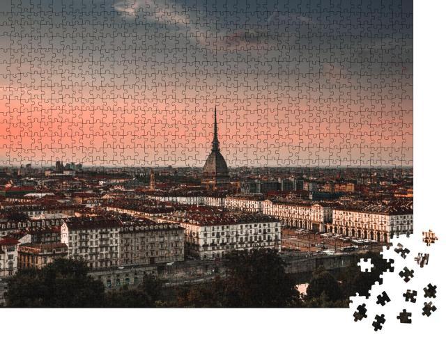 """Puzzle 1000 Teile """"Die Stadt Turin, ein Blick von der Spitze des Berges, Italien """""""