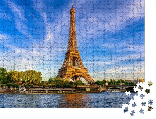 """Puzzle 1000 Teile """"Der Eiffelturm und Fluss Seine bei Sonnenuntergang in Paris, Frankreich"""""""