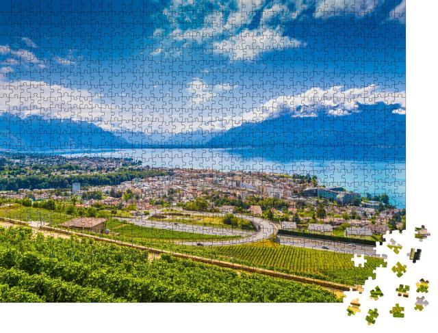 """Puzzle 1000 Teile """"Schöne Aussicht auf Vevey im Kanton Waadt in der Schweiz"""""""