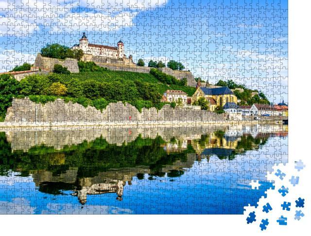 """Puzzle 1000 Teile """"Altstadt von Würzburg in Deutschland """""""