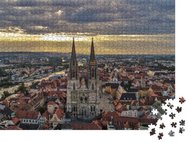 """Puzzle 1000 Teile """"Luftaufnahme über den Dächern von Regensburg"""""""
