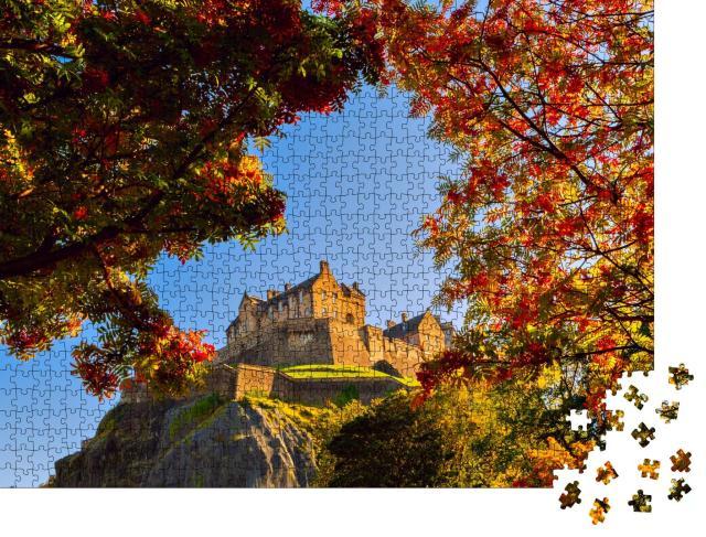 """Puzzle 1000 Teile """"Edinburgh Castle im Herbst, Schottland"""""""