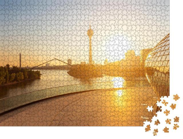 """Puzzle 1000 Teile """"Morgenlicht über Düsseldorf in Deutschland"""""""
