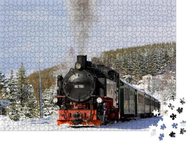 """Puzzle 1000 Teile """"Dampfzug der Fichtelbergbahn nahe Oberwiesenthal, Deutschland"""""""
