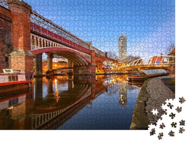 """Puzzle 1000 Teile """"Beetham Tower, höchstes Gebäude von Manchester, England"""""""