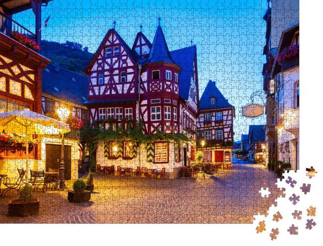 """Puzzle 1000 Teile """"Bacharach: Altstadt bei Nacht, Rheintal, Deutschland"""""""
