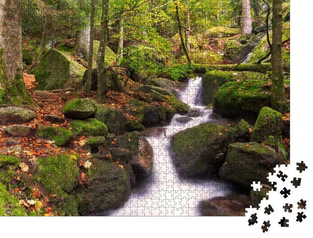 """Puzzle 1000 Teile """"Gertelsbacher Wasserfälle im Herbst, Schwarzwald, Deutschland"""""""