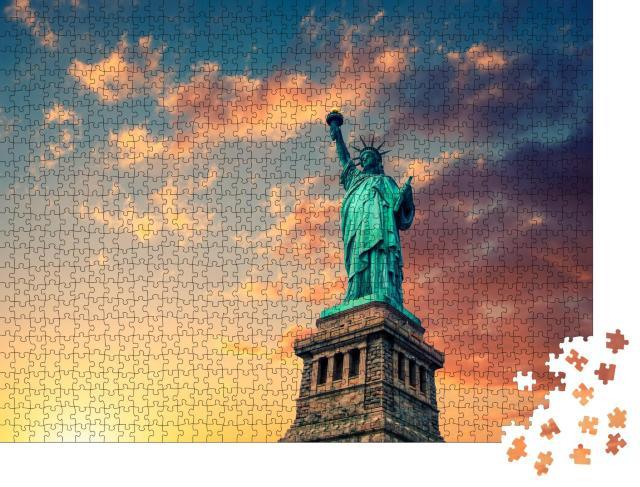 """Puzzle 1000 Teile """"New York City, Freiheitsstatue"""""""